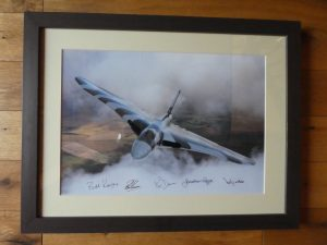 XH558 signed by crew of last flight